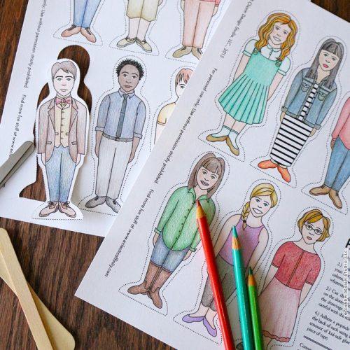 Charm Design Studio / Popsicle Stick Paper Dolls